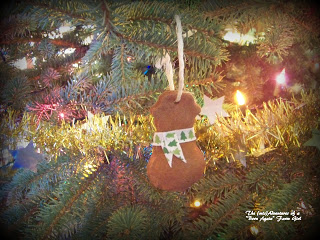 "Cinnamon ""gingerbread"" ornaments"